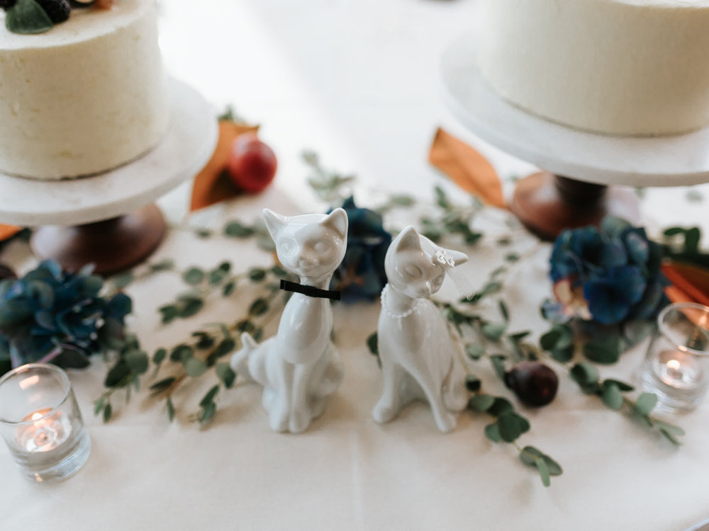 Stolen Glimpses Seattle Wedding Photographer 77.jpg