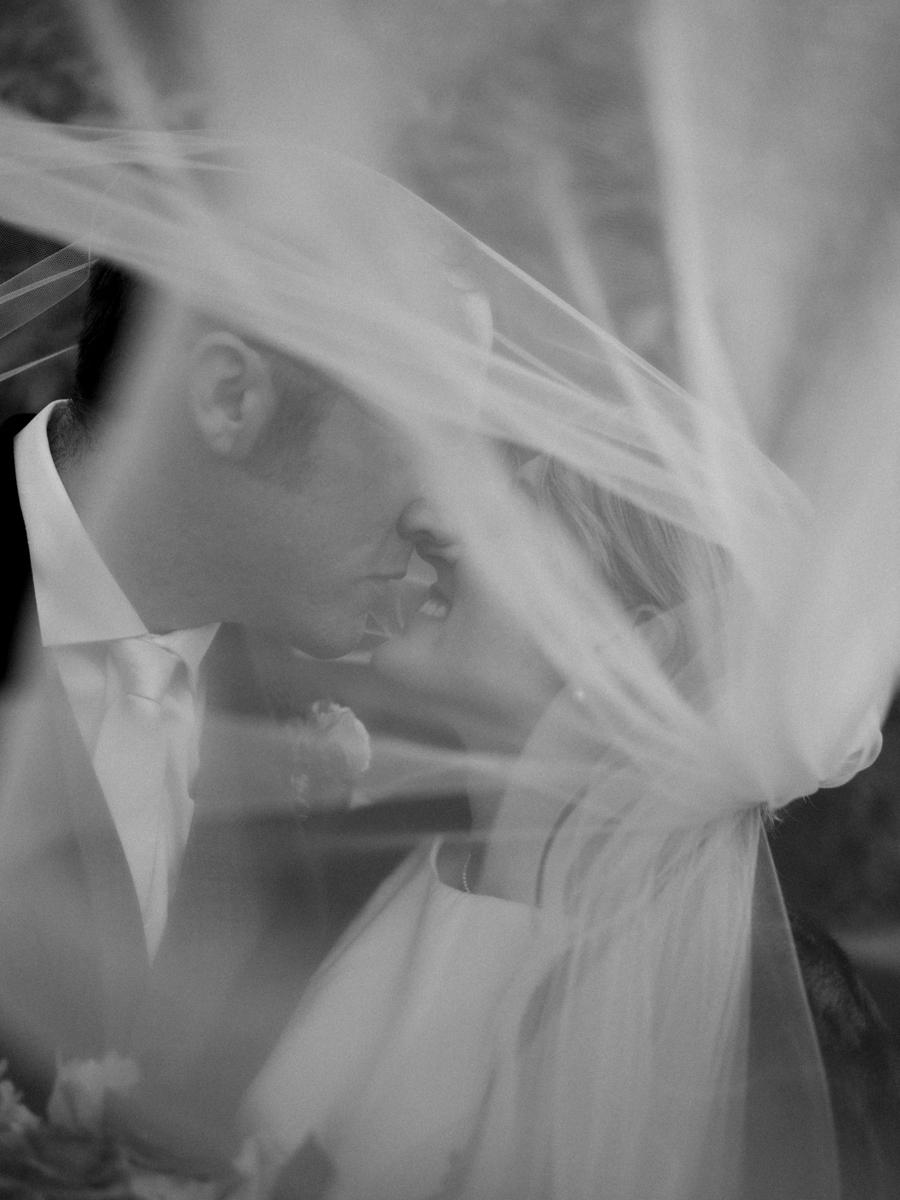 Stolen Glimpses Seattle Wedding Photographer 85.jpg
