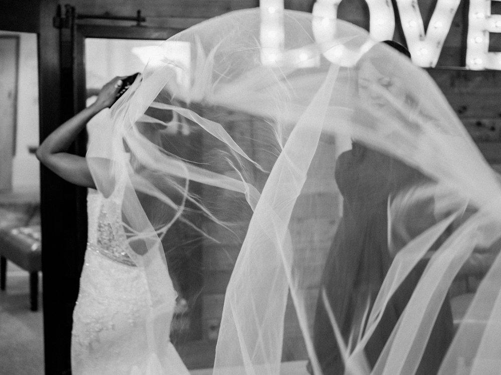 Stolen Glimpses Seattle Wedding Photographer at Rein Fire Ranch 5.jpg