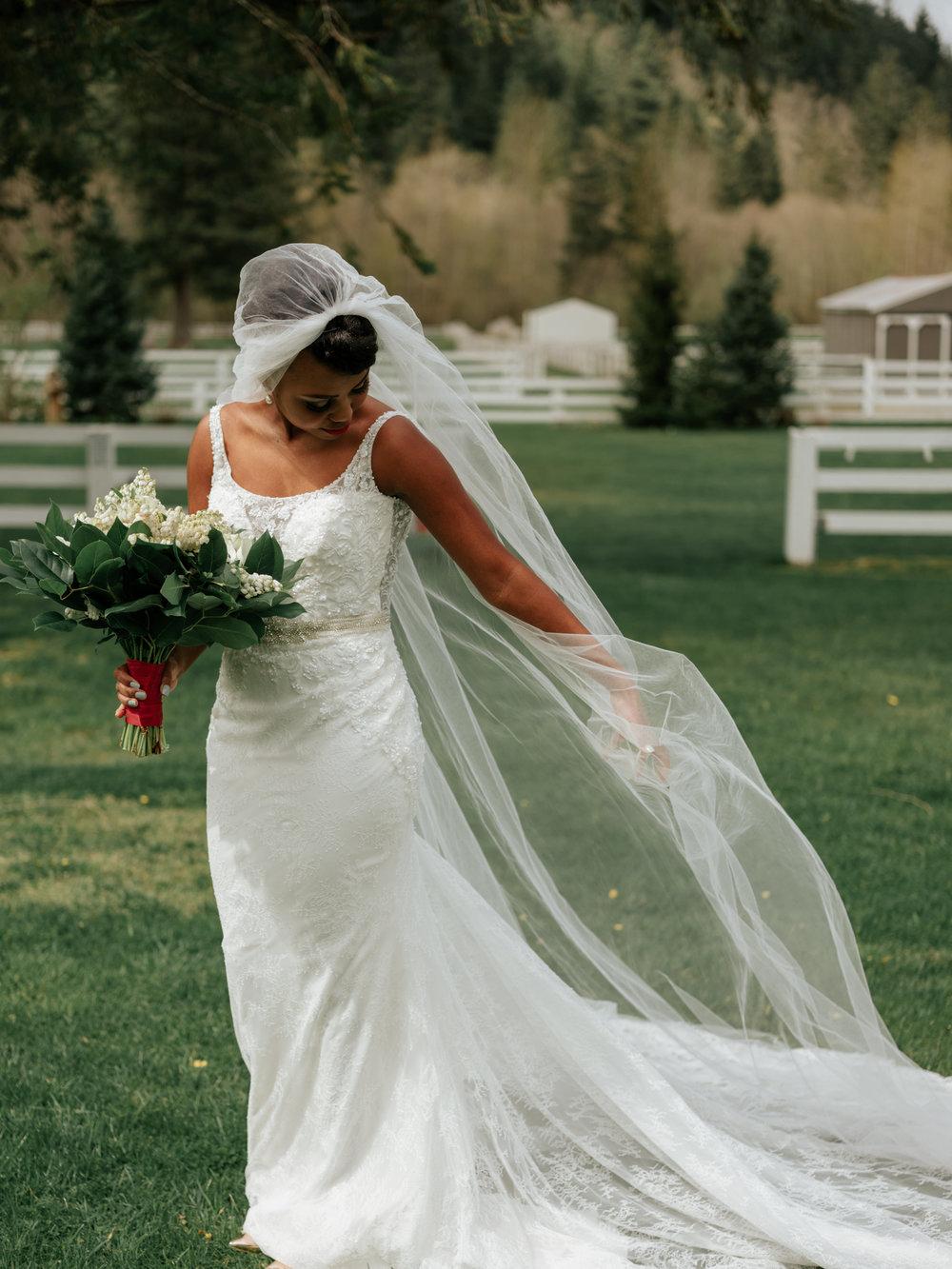Stolen Glimpses Seattle Wedding Photographer at Rein Fire Ranch 7.jpg