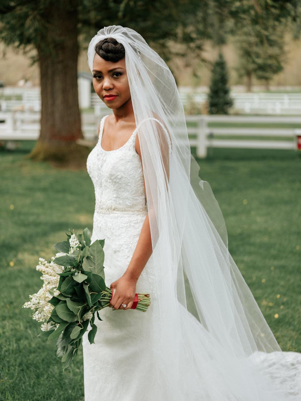 Stolen Glimpses Seattle Wedding Photographer at Rein Fire Ranch 8.jpg