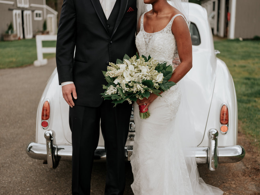 Stolen Glimpses Seattle Wedding Photographer at Rein Fire Ranch 18.jpg