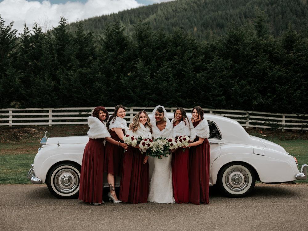 Stolen Glimpses Seattle Wedding Photographer at Rein Fire Ranch 39.jpg