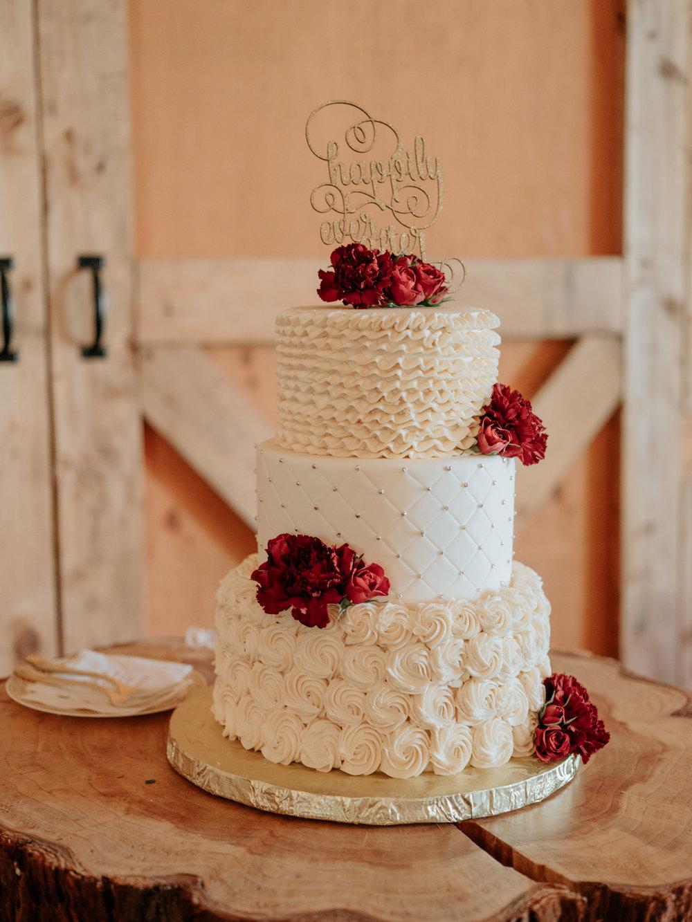 Stolen Glimpses Seattle Wedding Photographer at Rein Fire Ranch 46.jpg