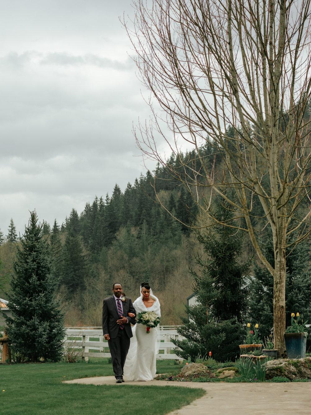 Stolen Glimpses Seattle Wedding Photographer at Rein Fire Ranch 57.jpg