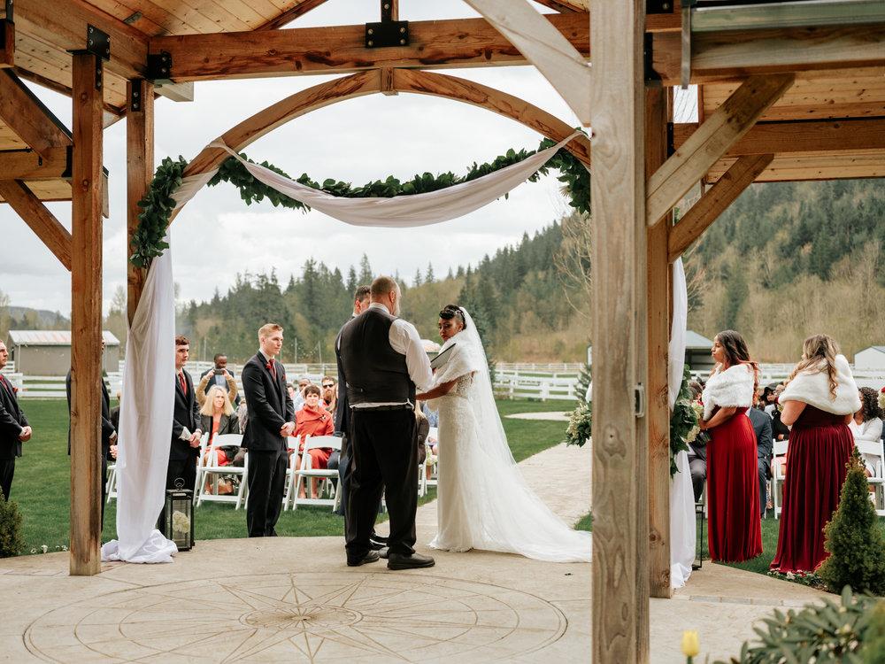 Stolen Glimpses Seattle Wedding Photographer at Rein Fire Ranch 59.jpg