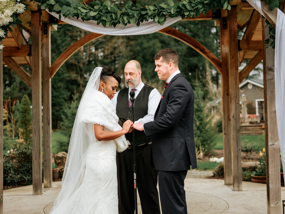 Stolen Glimpses Seattle Wedding Photographer at Rein Fire Ranch 63.jpg