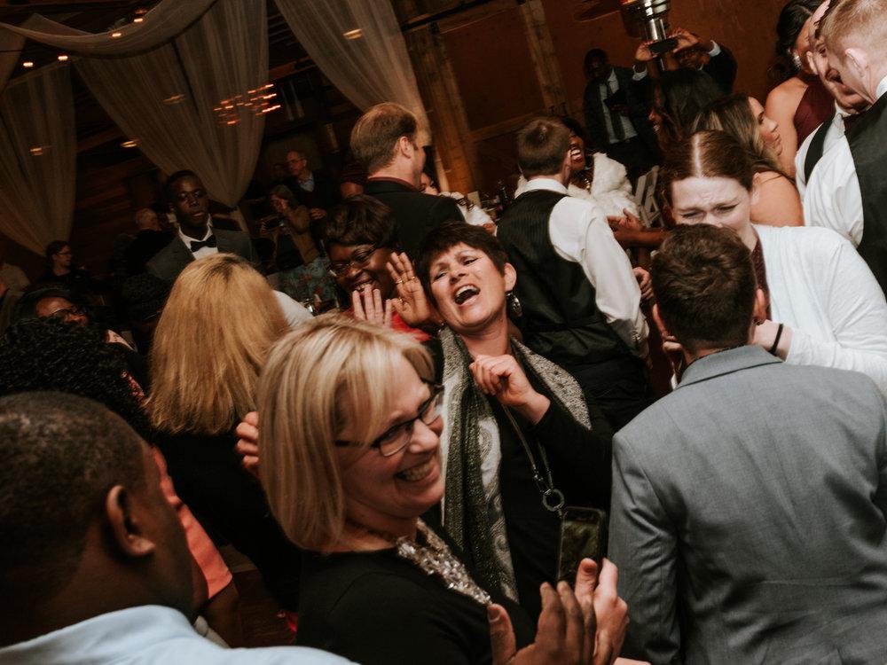 Stolen Glimpses Seattle Wedding Photographer at Rein Fire Ranch 73.jpg