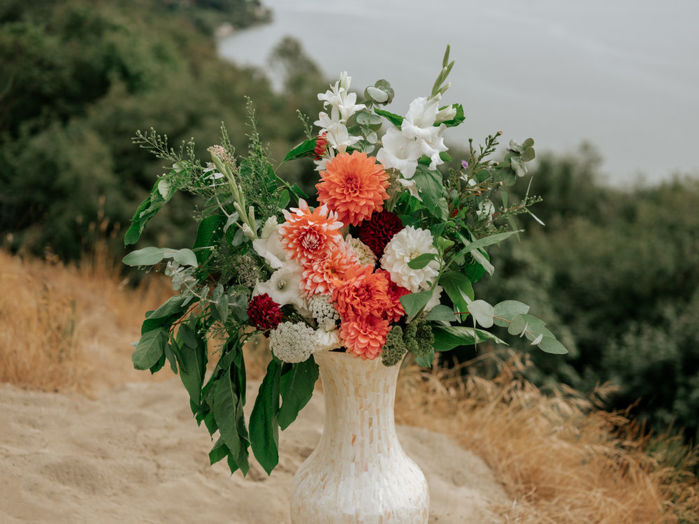 Stolen Glimpses Seattle Wedding Photographer at Discovery Park2.jpg