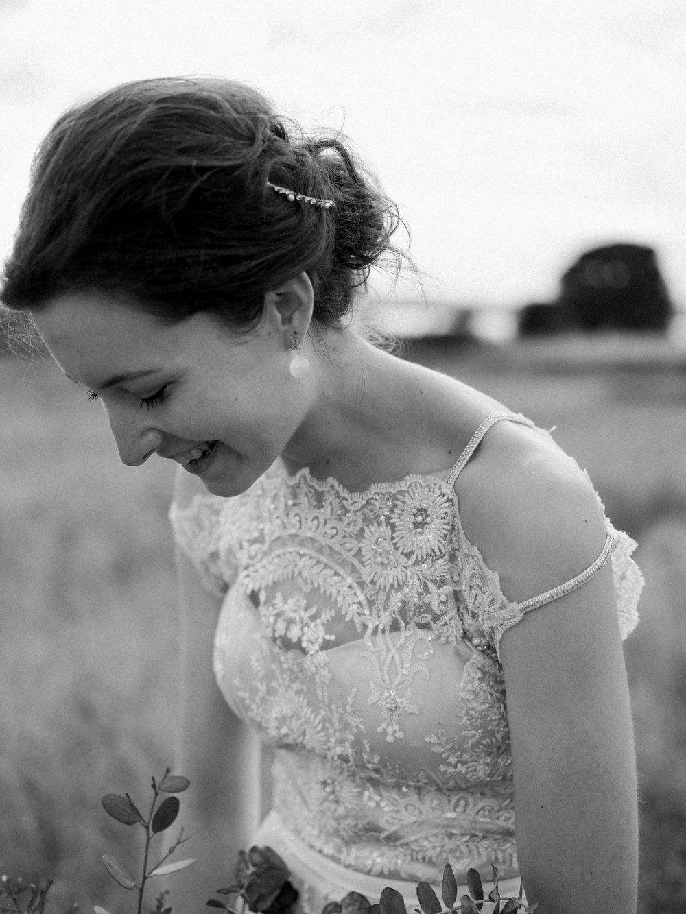 Stolen Glimpses Seattle Wedding Photographer at Discovery Park44.jpg