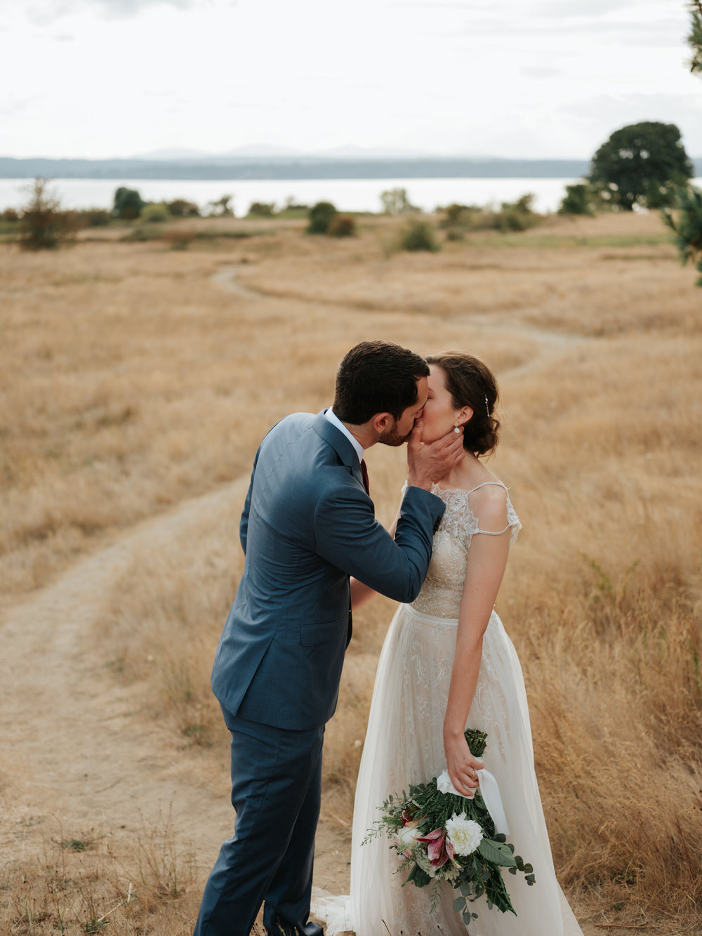 Stolen Glimpses Seattle Wedding Photographer at Discovery Park53.jpg