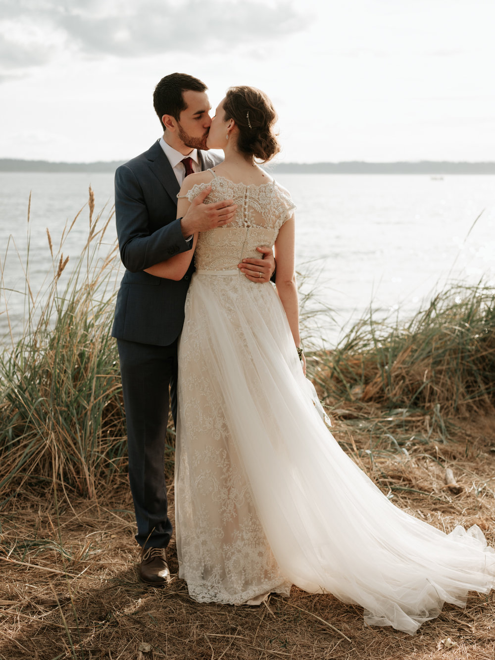Stolen Glimpses Seattle Wedding Photographer at Discovery Park55.jpg