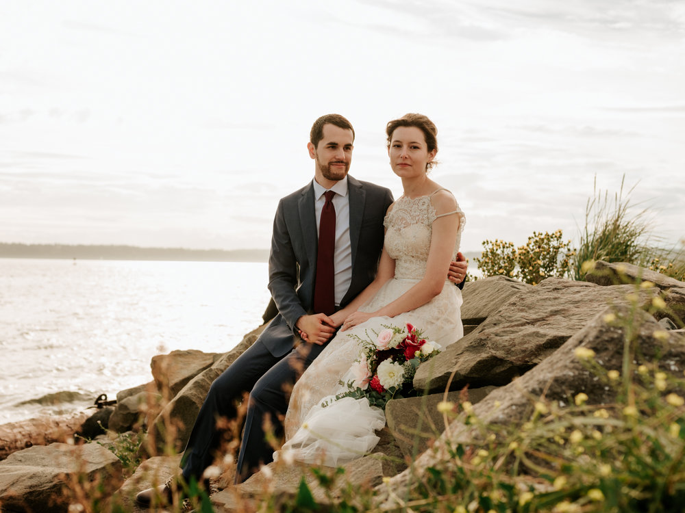 Stolen Glimpses Seattle Wedding Photographer at Discovery Park63.jpg