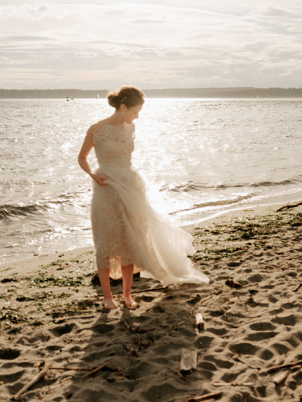 Stolen Glimpses Seattle Wedding Photographer at Discovery Park65.jpg