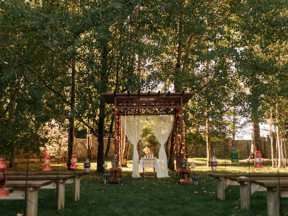 Stolen Glimpses Seattle Wedding Photographer Red Cedar Farm Wedding 16.jpg