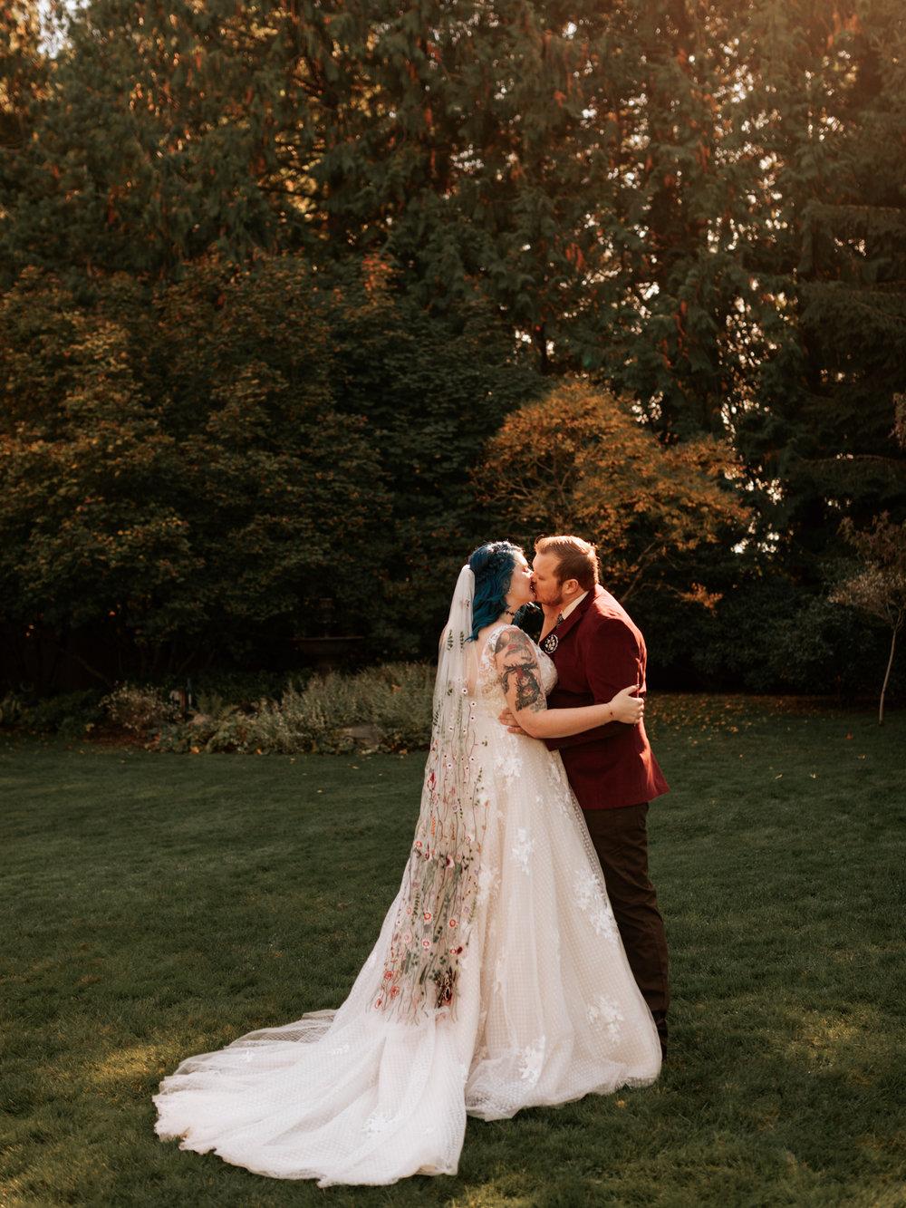 Stolen Glimpses Seattle Wedding Photographer Red Cedar Farm Wedding 38.jpg