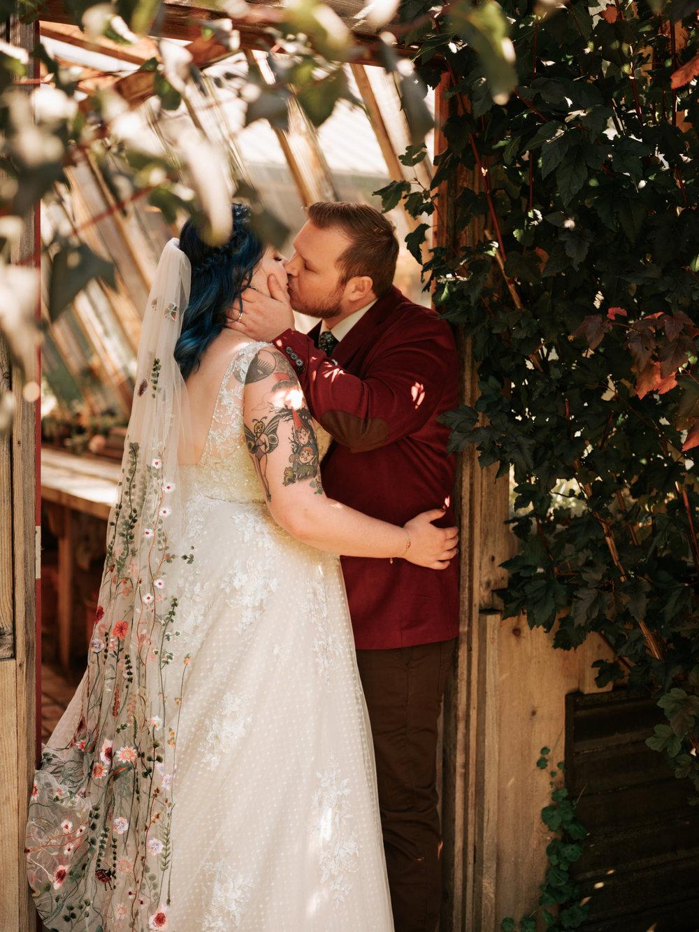 Stolen Glimpses Seattle Wedding Photographer Red Cedar Farm Wedding 43.jpg