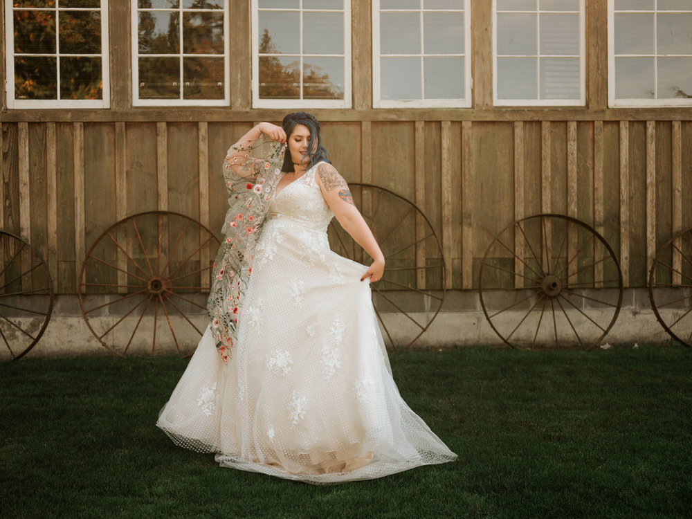 Stolen Glimpses Seattle Wedding Photographer Red Cedar Farm Wedding 47.jpg