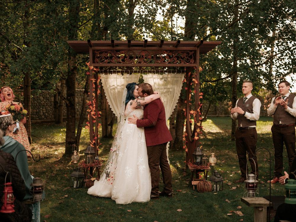 Stolen Glimpses Seattle Wedding Photographer Red Cedar Farm Wedding 79.jpg
