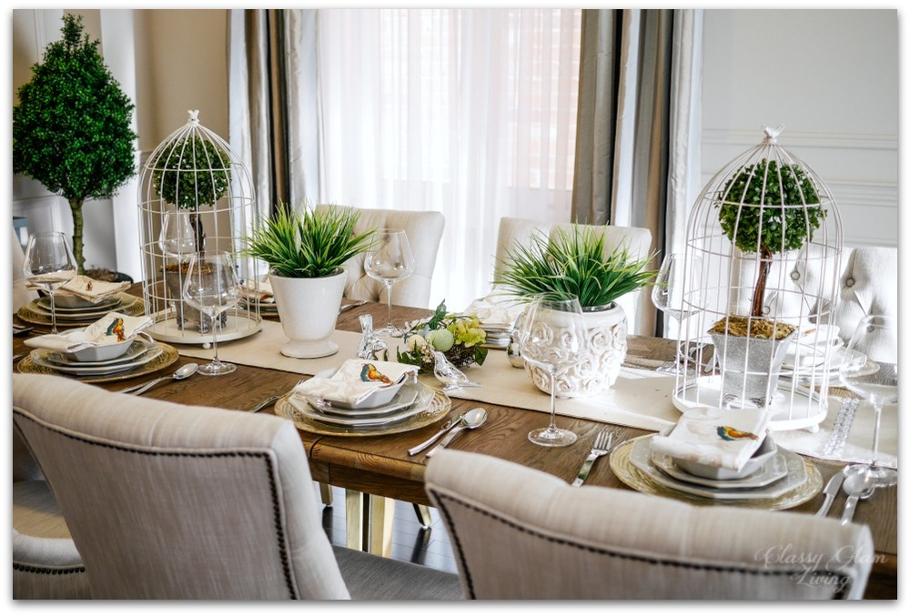 Dining room table decor for spring