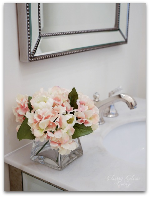 Spring decor in powder room | Classy Glam Living
