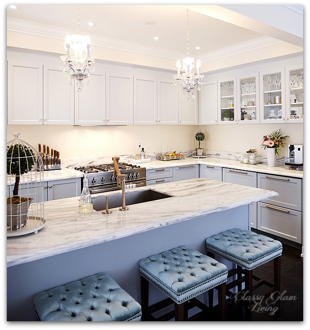 Mirrored Glass Kitchen Cabinets: The Luxe Factor In A Kitchen