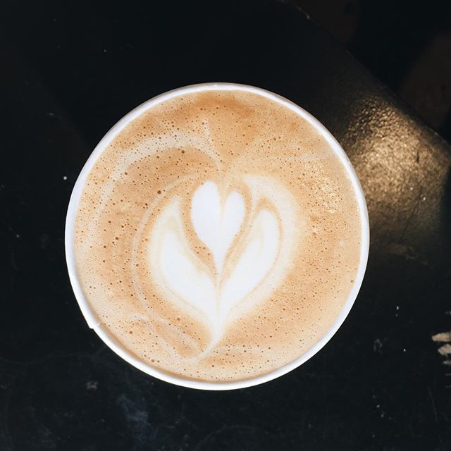 Come stop in and grab our lavender latte! we're open til 10! 👌🏻