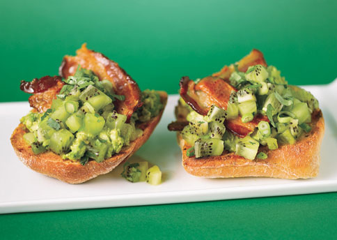 mare_avocado_toasties_with_kiwi_salsa_and_bacon_h.jpg