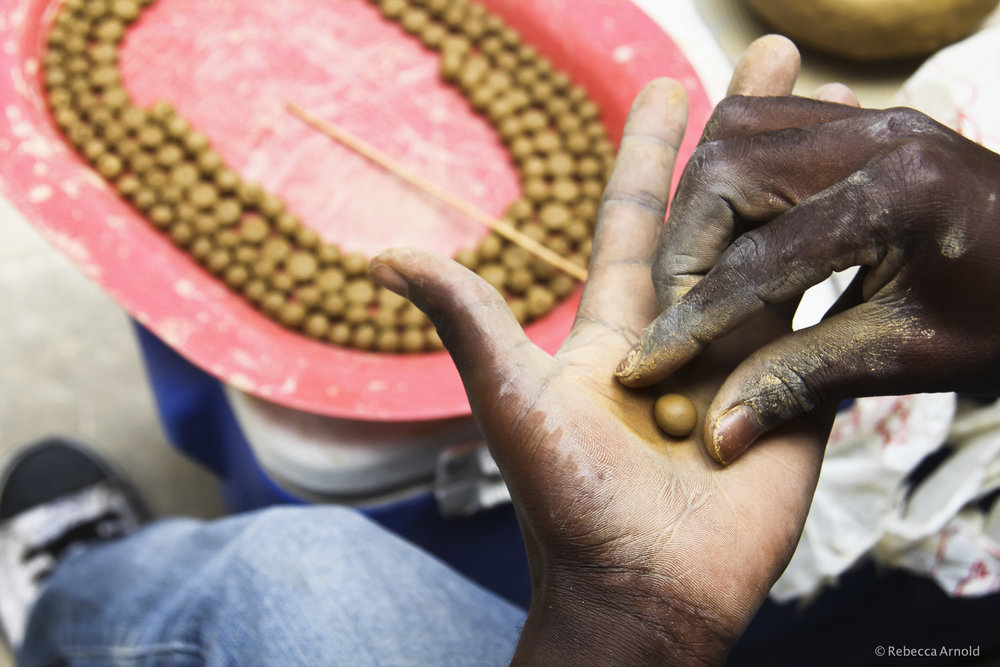 Forming Beads, Haiti
