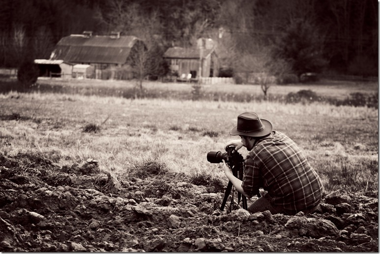 Jason Barr photographing the beautiful Mast Farm Inn in Valle Crucis, NC