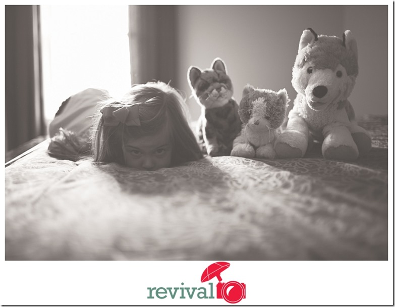 Family Lifestyle Session by Revival Photography Newborn and Children Photo