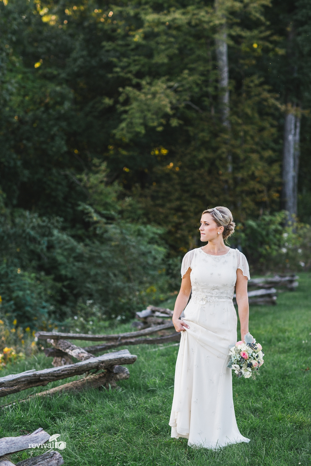 5 Wedding Dress Tips (finding a dress that is both lovely AND comfortable)