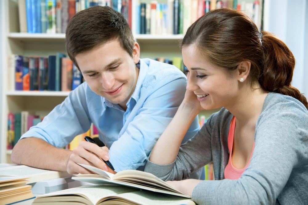Source:        CollegeAmerica       http://www.collegeamerica.edu/blog/wp-content/uploads/2012/09/study-buddy-1220427231.jpg