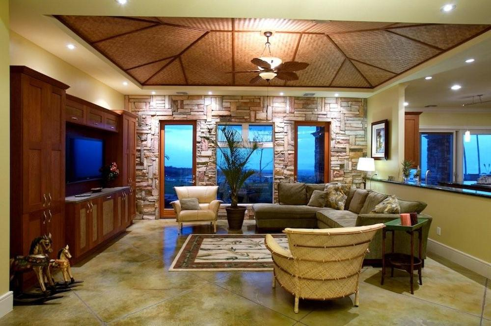 hilltop home living room.jpg