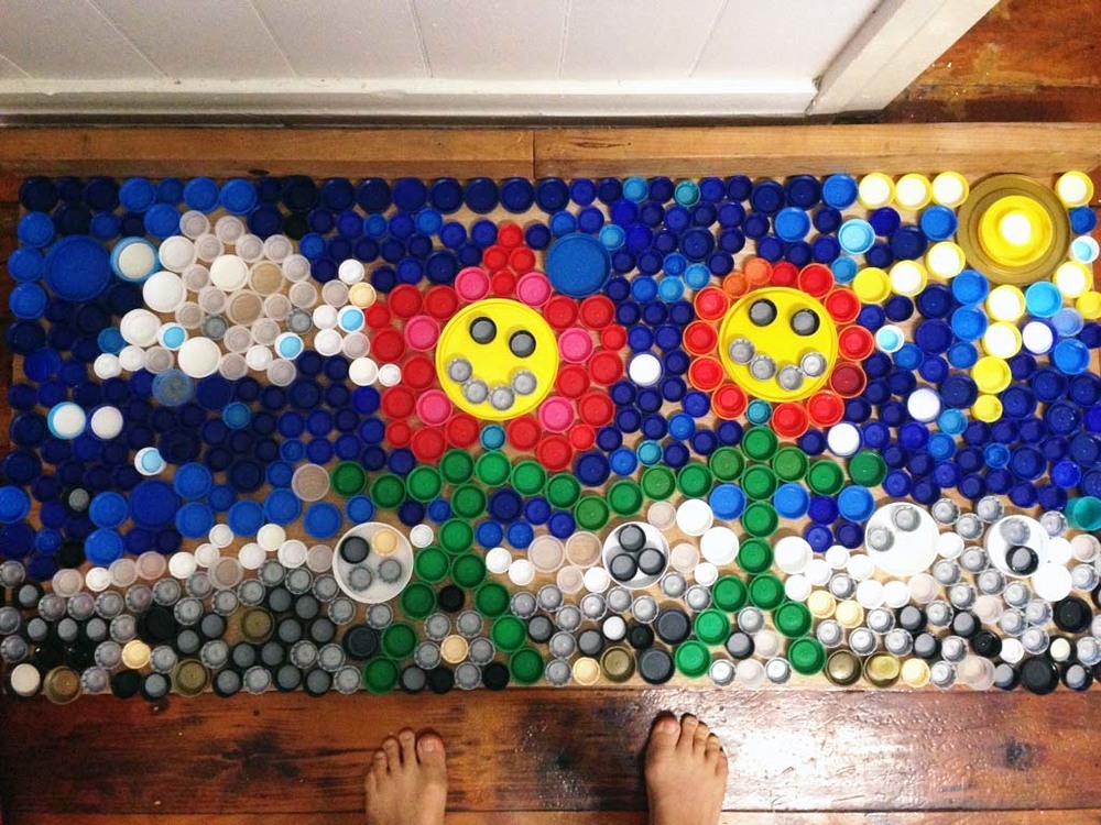 And this is what 660 bottle caps looks like.