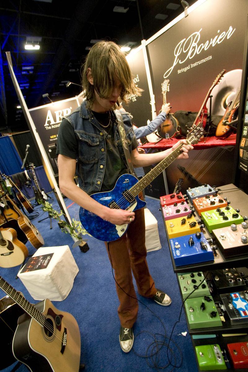 gearalley-sxsw2011_jwwalthall.jpg
