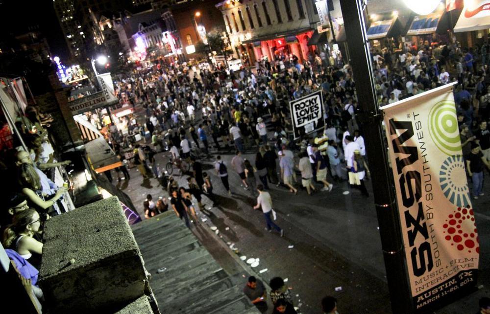 6thstreetnight_sxsw2011_jamesbuchan.jpg
