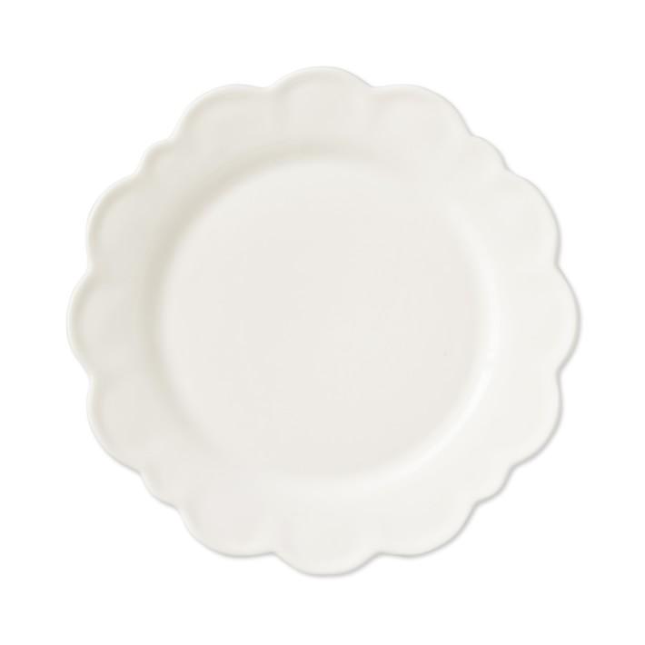 scalloped plates.jpg