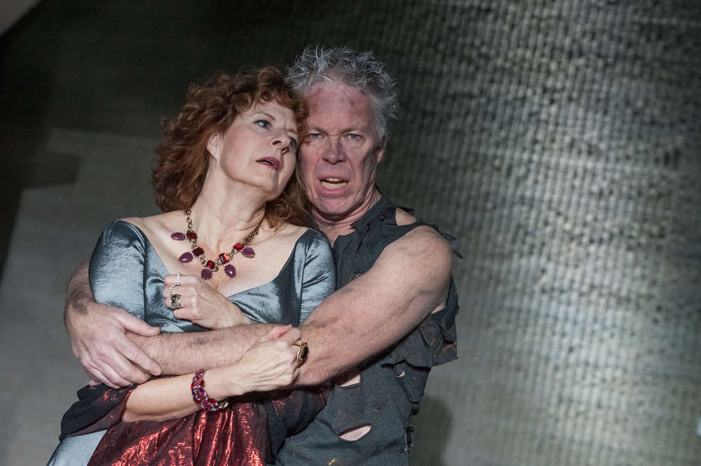 Robert Walsh and Paula Plum in  Phèdre . Photo: Stratton McCrady