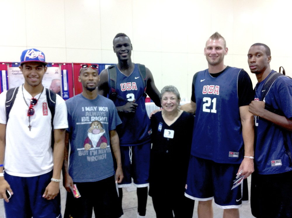Silver with USA DEAF BB team.jpg