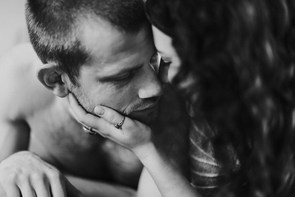 alejandra maria photography seattle wedding photographer ace hotel in-home engagement session