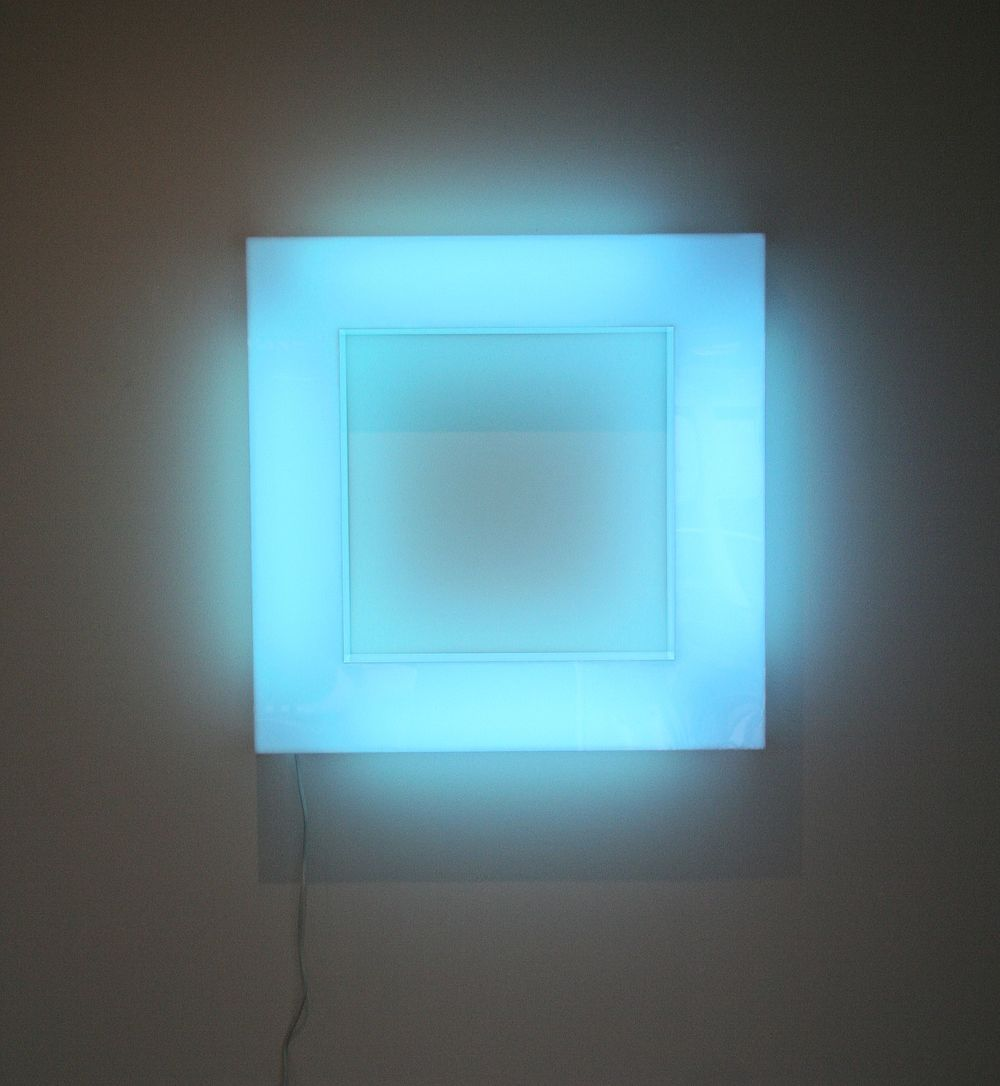 Trish Campbell   Blue Haze   Acrylic, gel and fluorescent lights    700 mm x 700 mm x 120 mm