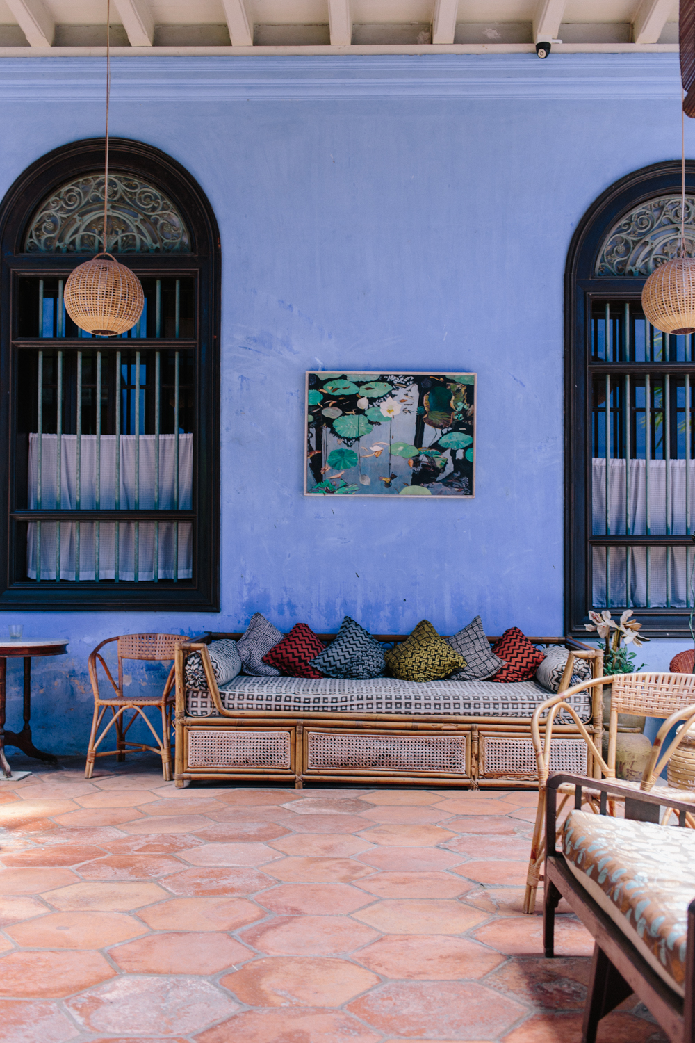This setup has the vibe of dreamy riads in Marrakech.