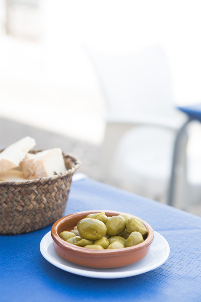 Spanish meal essentials: olives and bread