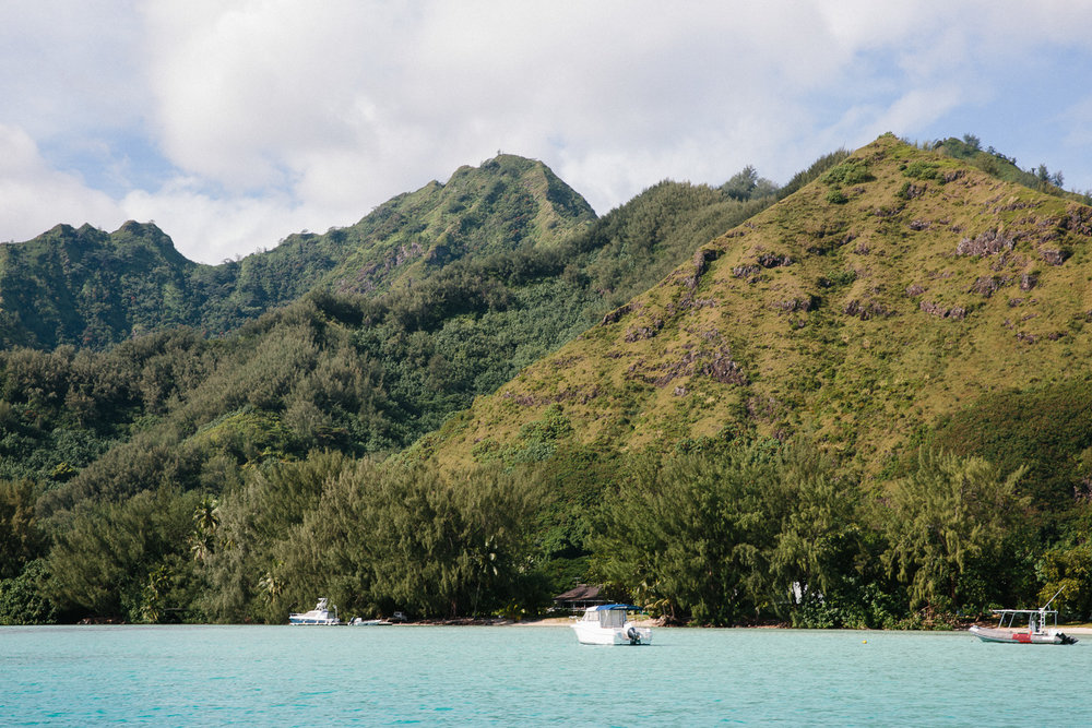 Sailing around Moorea provides a different perspective of the stunning landscape