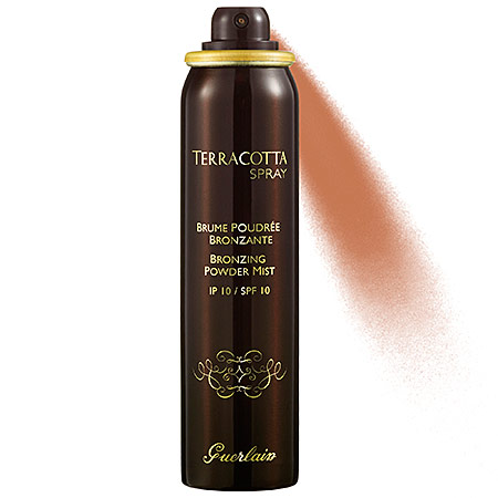 The Guerlain Terracotta Spray SPF 10 is the result of your favorite bronzer and airbrush system having a baby! Guerlain is one of the world's best luxury beauty brands and they are known for their amazing bronzers. The Terracotta face spray is the perfect product for that beautiful summer JLo Glow.