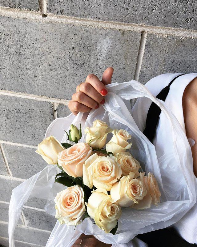 Take away 🍜 @thisdayflowers