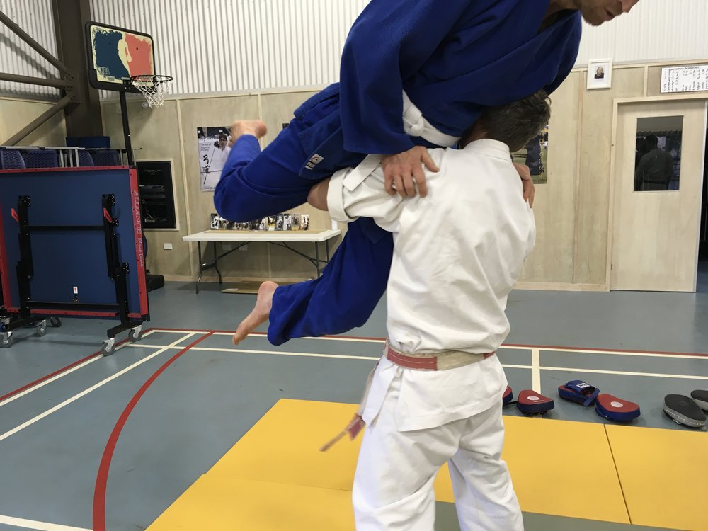 Using correct alignment to lift during the Core Bujutsu session