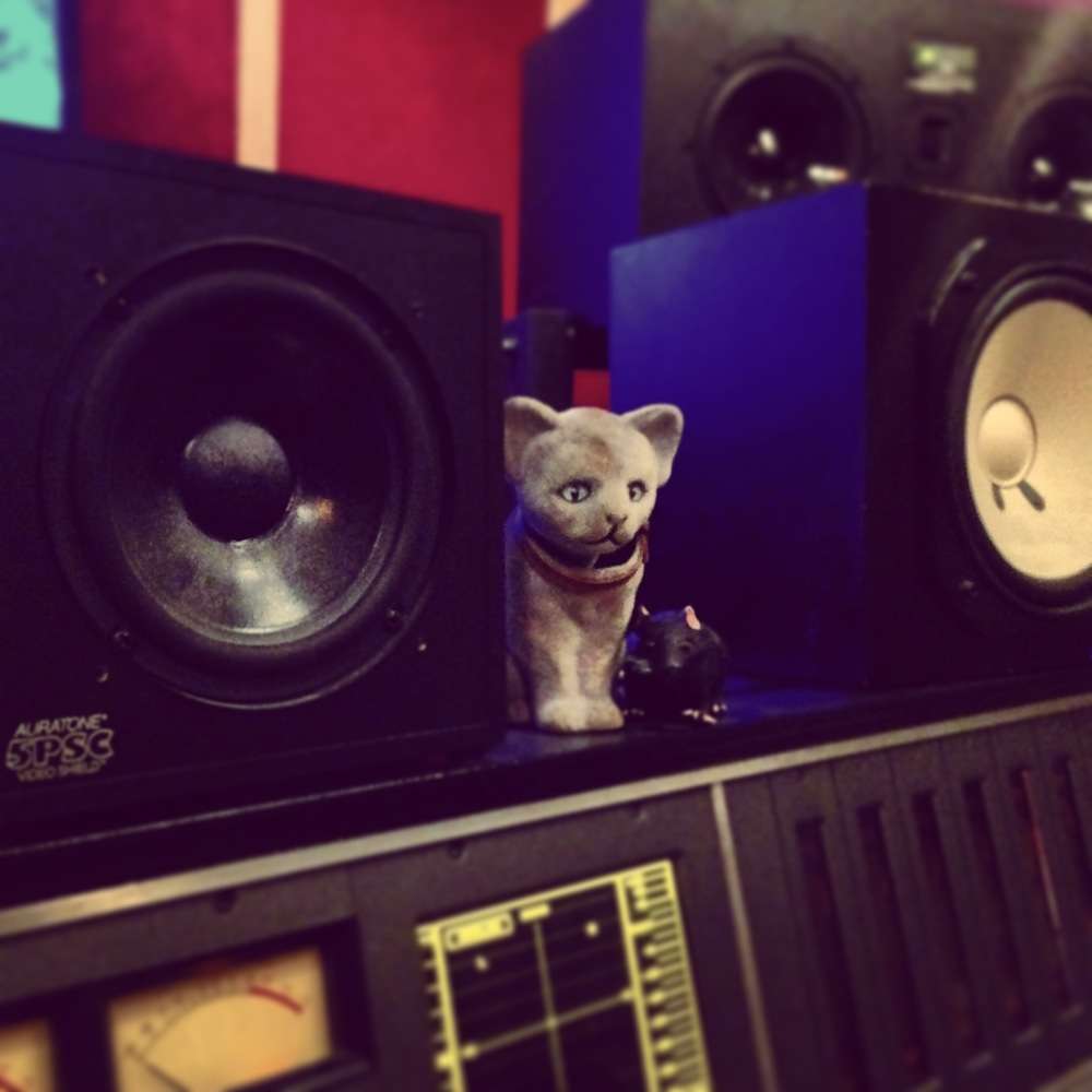 electrokitty bobble head
