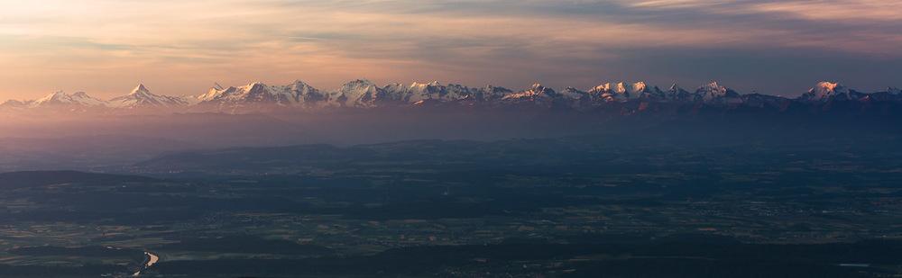 Chaîne des alpes depuis les sommets de Franche-Comté